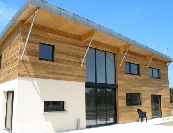 Bardage maison moderne tarif pose bardage maison moderne for Maison classique moderne