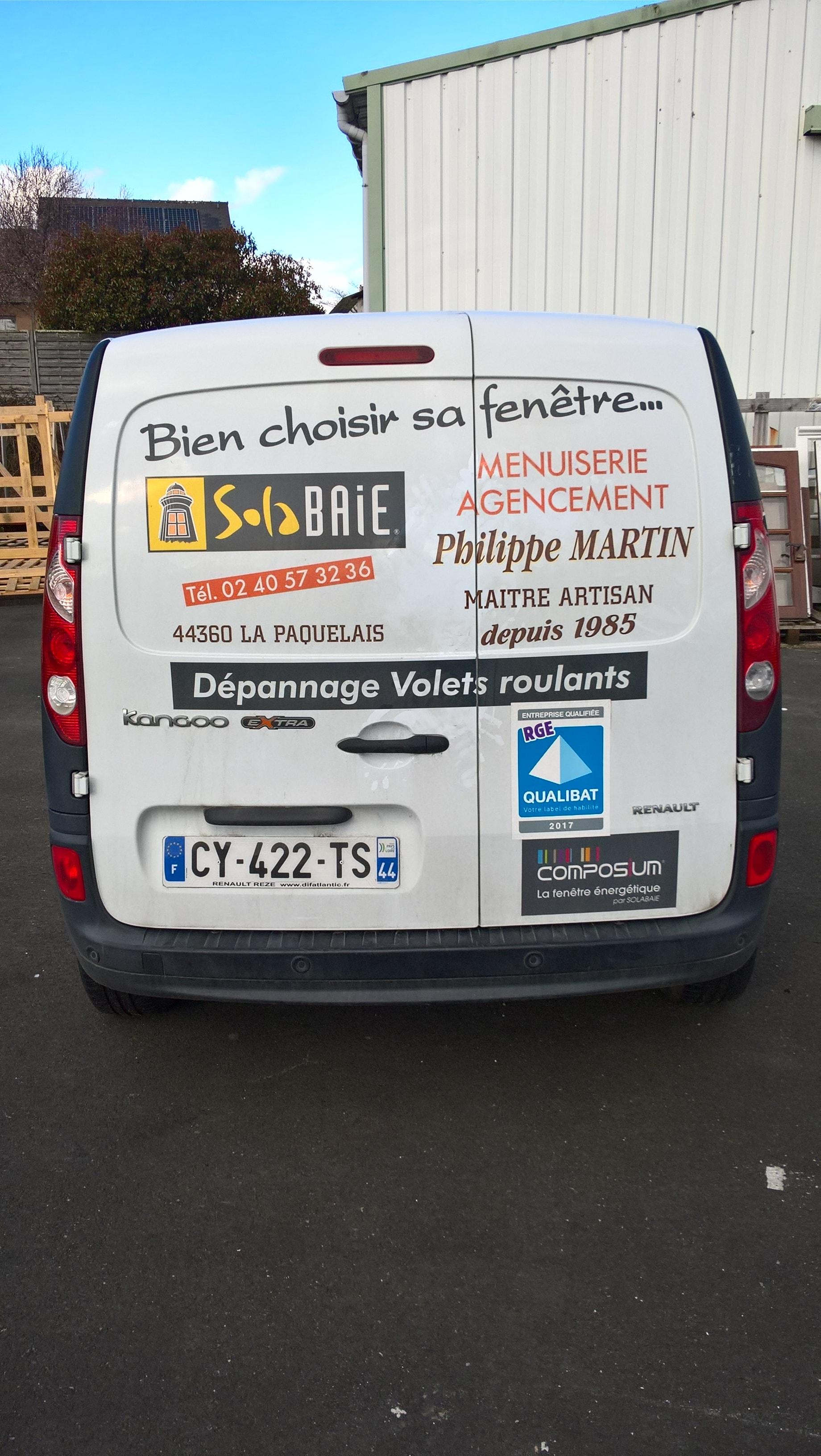 Trouver Un Artisan Menuisier camion-artisan-menuisier-solabaie-martin-philippe-loire