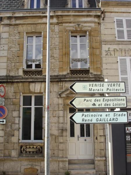 Toutes les réalisations de la menuiserie Solabaie Niort # Petit Bois Fenetre