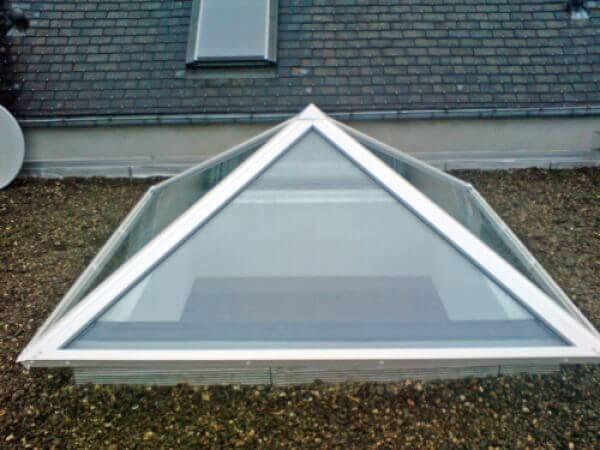 Pyramide en aluminium r alisation de la menuiserie - Pose fenetre de toit sans autorisation ...