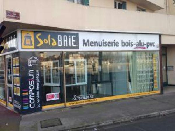 Solabaie montlu on artisan poseur de menuiseries for Reprise 206 garage