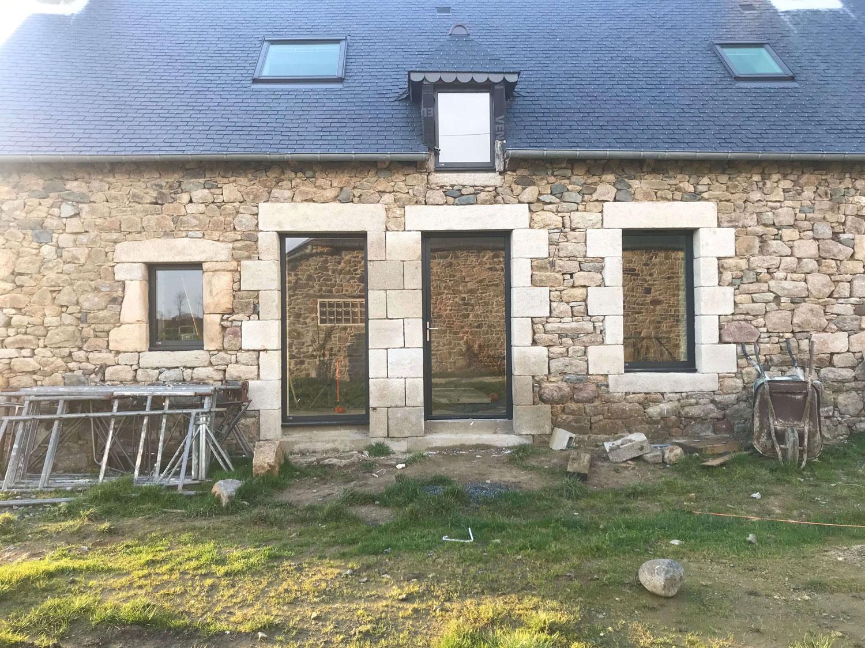 Menuiseries So Finitions Noir Sable Ral 2100 Interieur Exterieur Solabaie