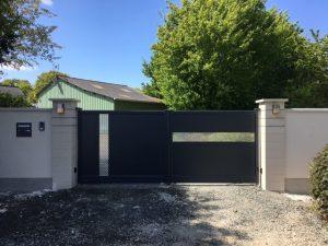 Le portail aluminium Mélisse, posé par votre Menuiserie Pelluau