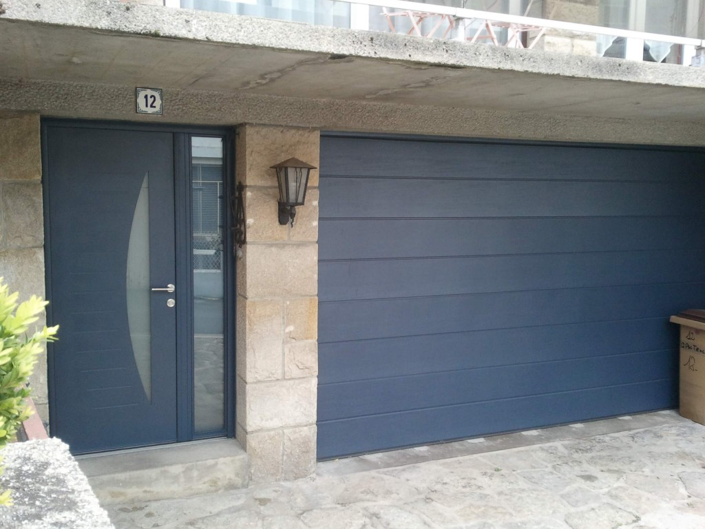 Porte Entree Alu Gris Anthracite Assortie Porte Garage Sectionnelle