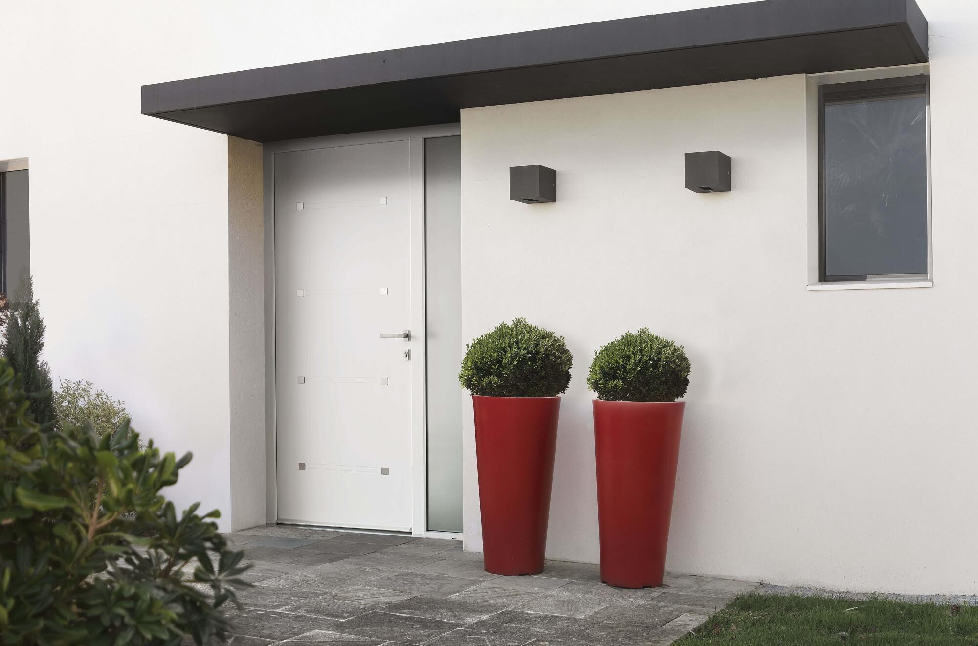 portes d 39 entr e pvc sur mesure fabriqu es en france solabaie. Black Bedroom Furniture Sets. Home Design Ideas