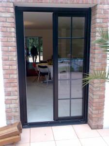 porte fen tre grise avec petits bois int gr s. Black Bedroom Furniture Sets. Home Design Ideas