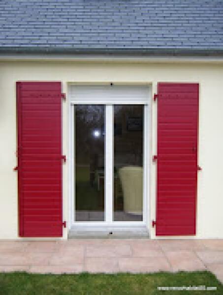 Renov 39 habitat d couvrez nos r alisations la haye du puits for Porte maison exterieur