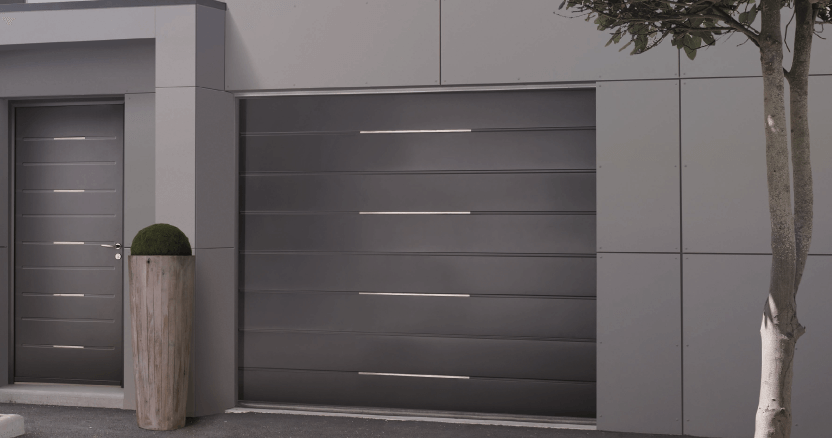 Porte de garage sectionnelle sur mesure solabaie - Porte de garage sectionnelle gris anthracite ...