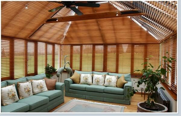 store v nitien bois r alisation de la menuiserie. Black Bedroom Furniture Sets. Home Design Ideas