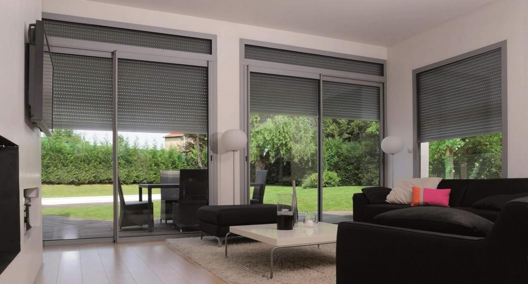 volets roulants ils s 39 adaptent vos besoins. Black Bedroom Furniture Sets. Home Design Ideas