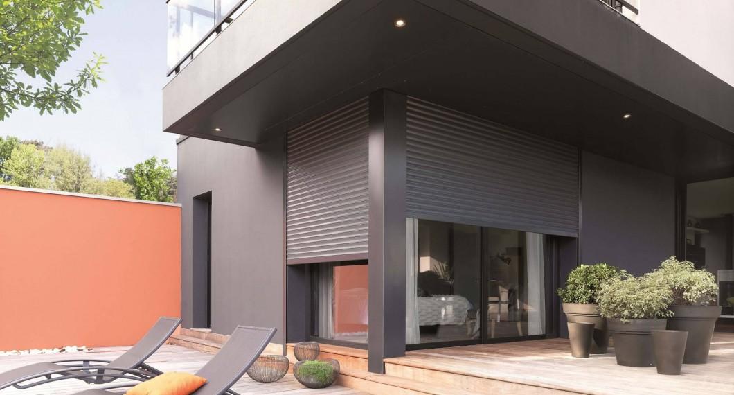 volet sur mesure en alu bois pvc cr dit imp t volet solabaie. Black Bedroom Furniture Sets. Home Design Ideas