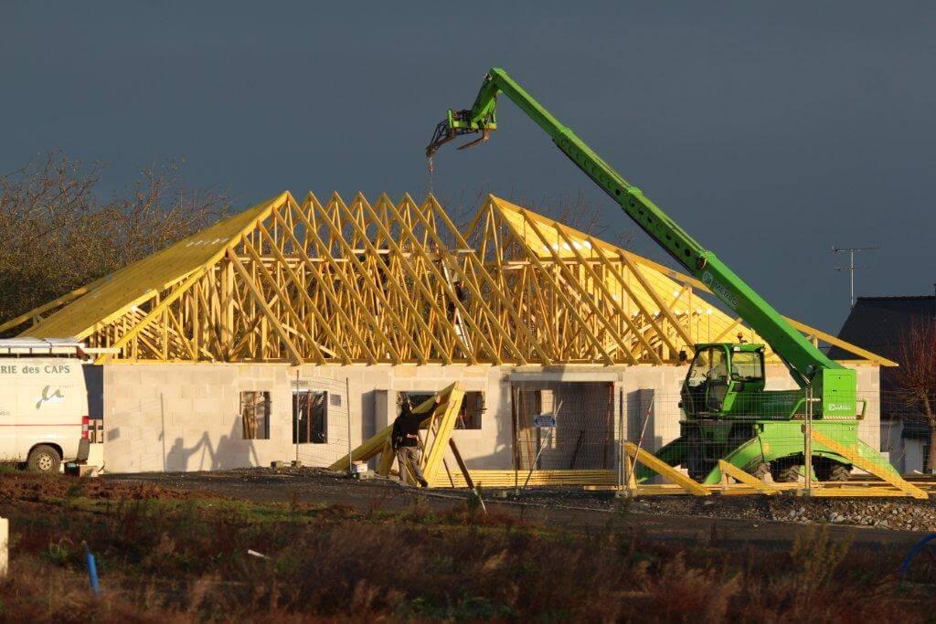 construction et installation de charpentes sur maisons neuves solabaie lamballe. Black Bedroom Furniture Sets. Home Design Ideas