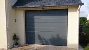 Porte De Garage En Alu Ral 7012 R Alisation Solabaie Le Ma Tre Charles