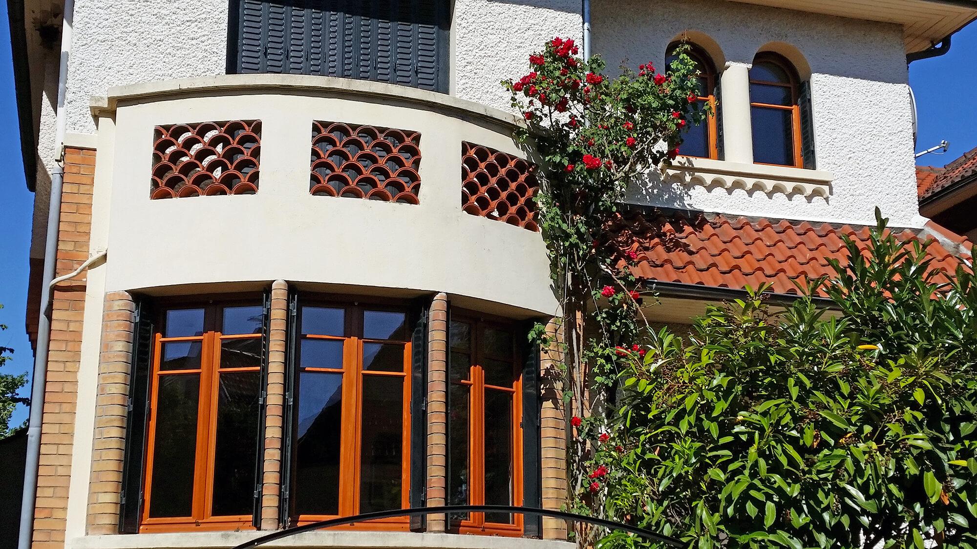 pose de bow window fen tres arqu es en bois chaville 92. Black Bedroom Furniture Sets. Home Design Ideas