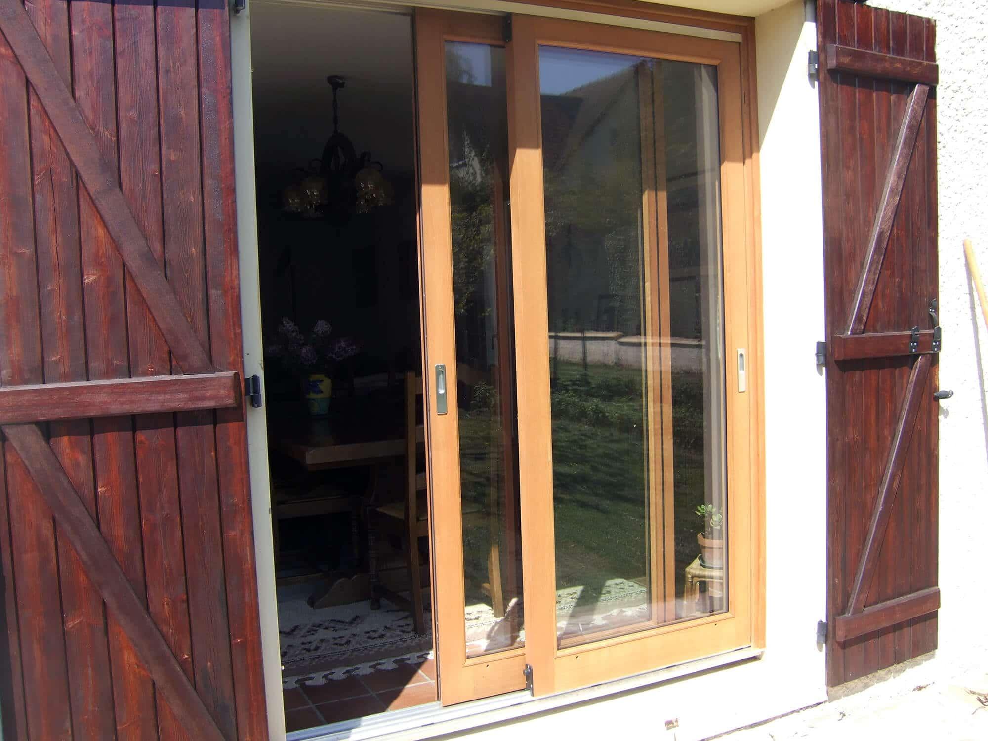 r novation de fenetre porte fenetre et baie vitree en bois dans les yvelines. Black Bedroom Furniture Sets. Home Design Ideas