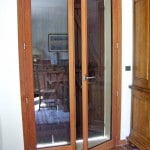 vue-interieure-porte-fenetre-en-bois-chene-dore-pose-marly-le-roi