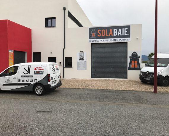 JV Alu, pour l'installation de vos portes, volets et fenêtres Solabaie