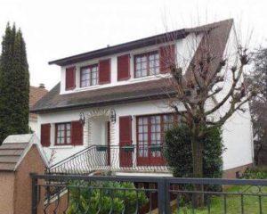 Réalisations de Solabaie Saint-Ouen-l'Aumône : Vue avant les travaux pour un projet en rénovation de fenêtres et volets